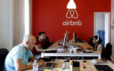 Airbnb opens in Barcelona a service centre with 800 workers